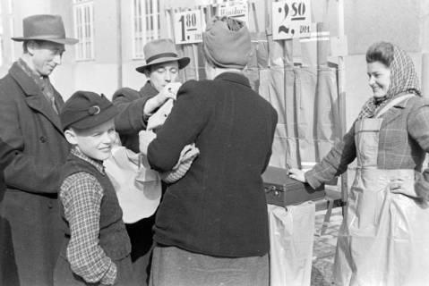 ARH NL Dierssen 1007/0024, Frühjahrsmarkt, 1950