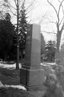 ARH NL Dierssen 1008/0005, Springer Friedhof - Grabstein, 1950