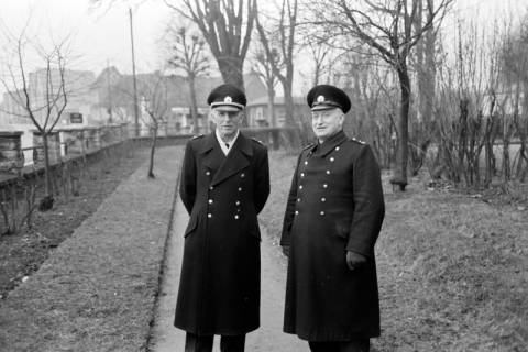 ARH NL Dierssen 1008/0014, Polizisten (Hr. Sparling und Hr. Baumann), 1950