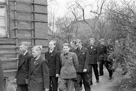 ARH NL Dierssen 1013/0011, Konfirmation (Umzug), 1950