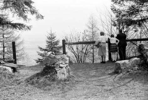 ARH NL Dierssen 1021/0009, Aussichtspunkt auf dem Ebersberg (Deister), 1950