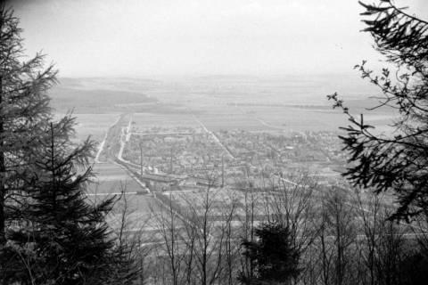ARH NL Dierssen 1021/0010, Ausblick vom Ebersberg auf Springe, 1950