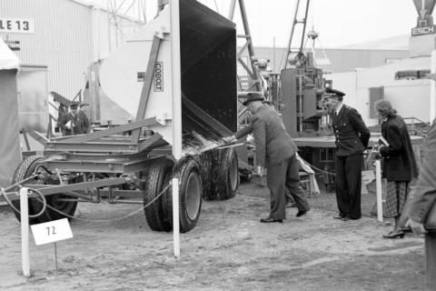 ARH NL Dierssen 1021/0015, Cobolt auf der Industriemesse Hannover, 1950