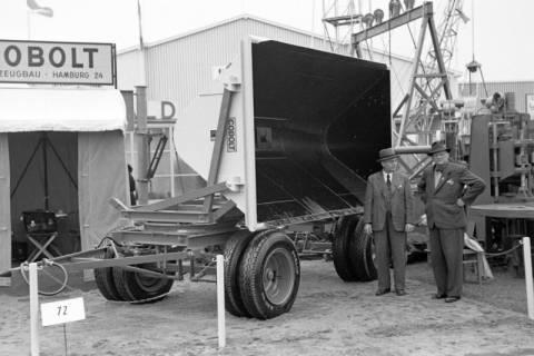 ARH NL Dierssen 1021/0016, Cobolt auf der Industriemesse Hannover, 1950