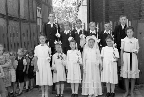ARH NL Dierssen 1023/0027, Kommunion, 1950