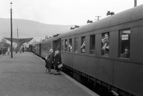ARH NL Dierssen 1024/0023, Ausflug mit dem Niedersachsen Tanz-Express nach Bad Harzburg, 1950