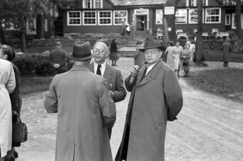 ARH NL Dierssen 1027/0006, Ausflug mit dem Niedersachsen Tanz-Express nach Bad Harzburg, 1950