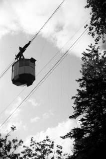 ARH NL Dierssen 1027/0015, Ausflug mit dem Niedersachsen Tanz-Express nach Bad Harzburg - Seilbahn, 1950