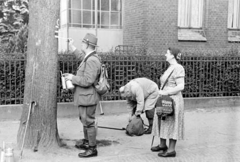 ARH NL Dierssen 1028/0022, Wegmarkierung vom Wanderverein, Springe?, 1950