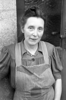ARH NL Dierssen 1028/0024, Frau Schulz, Springe, 1950