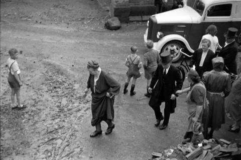 ARH NL Dierssen 1029/0020, Hochzeit Gassmann, Völksen, 1950