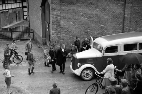 ARH NL Dierssen 1029/0021, Hochzeit Gassmann, Völksen, 1950
