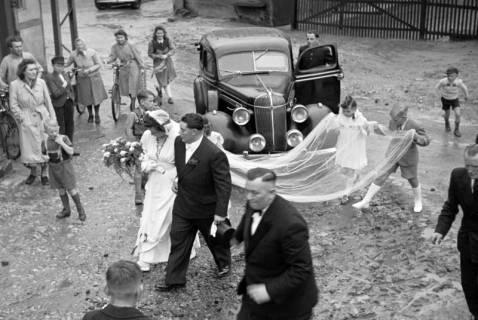 ARH NL Dierssen 1029/0025, Hochzeit Gassmann, Völksen, 1950