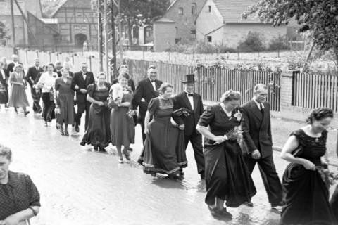ARH NL Dierssen 1030/0016, Hochzeit Gassmann, Völksen, 1950
