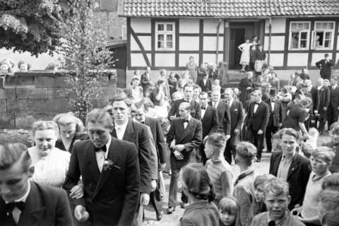 ARH NL Dierssen 1031/0006, Hochzeit Gassmann, Völksen, 1950