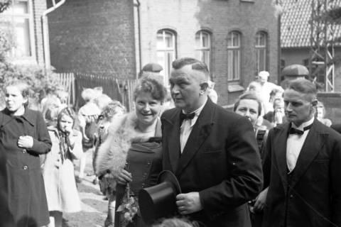 ARH NL Dierssen 1031/0009, Hochzeit Gassmann, Völksen, 1950