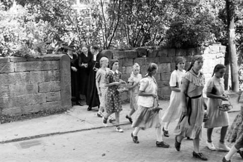 ARH NL Dierssen 1033/0004, Goldene Konfirmation, Bennigsen, 1950
