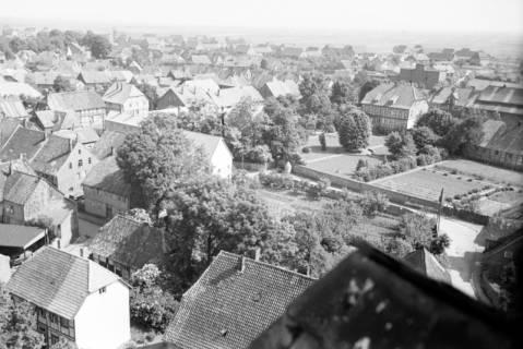 ARH NL Dierssen 1034/0017, Blick vom Turm der Kirche St. Lukas, Pattensen, 1950
