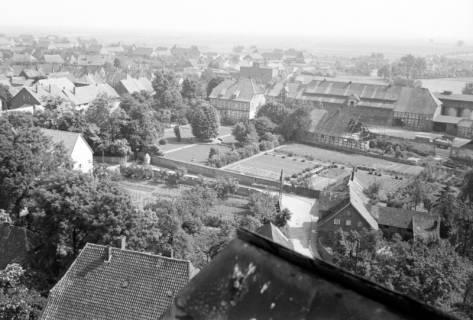 ARH NL Dierssen 1034/0018, Blick vom Turm der Kirche St. Lukas, Pattensen, 1950