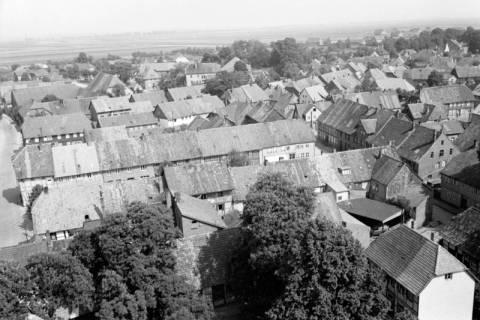 ARH NL Dierssen 1034/0019, Blick vom Turm der Kirche St. Lukas, Pattensen, 1950