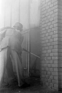 ARH NL Dierssen 1037/0011, Brand der Lackiererei Bähre, Springe, 1950