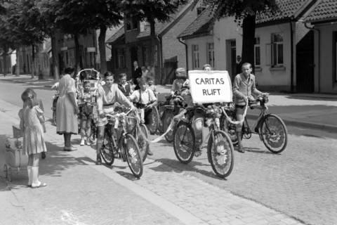 """ARH NL Dierssen 1041/0006, Rad-Werbung """"Caritas ruft"""", 1950"""