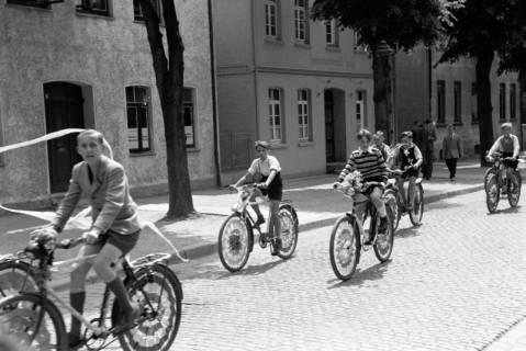 """ARH NL Dierssen 1041/0014, Rad-Werbung """"Caritas ruft"""", 1950"""