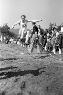 ARH NL Dierssen 1057/0019, Sportfest, Bakede, 1950
