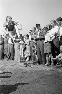 ARH NL Dierssen 1057/0022, Sportfest, Bakede, 1950