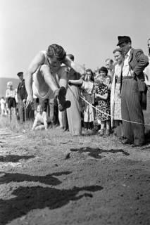 ARH NL Dierssen 1057/0024, Sportfest, Bakede, 1950