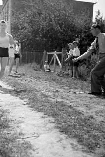 ARH NL Dierssen 1058/0004, Sportfest, Bakede, 1950