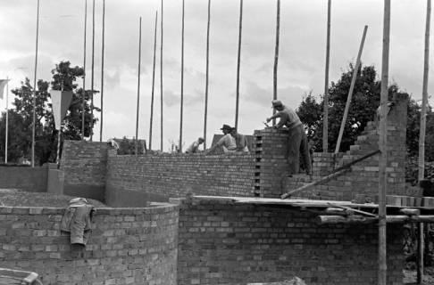 ARH NL Dierssen 1070/0013, Grundsteinlegung Katholische Kirche, Springe, 1950