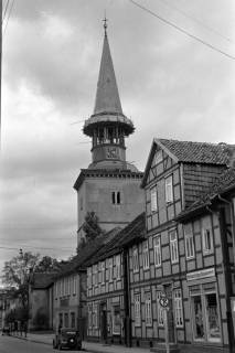 ARH NL Dierssen 1077/0019, Marktstraße mit Blick auf den Kirchturm, Burgdorf, 1950