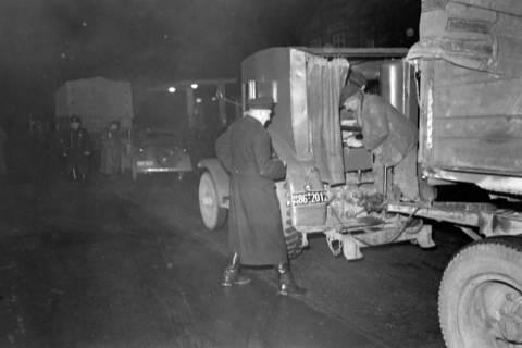 ARH NL Dierssen 1090/0016, Nächtliche Verkehrskontrolle, Thiedenwiese, 1950