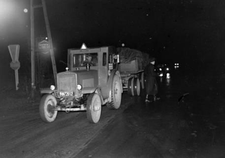 ARH NL Dierssen 1090/0017, Nächtliche Verkehrskontrolle, Thiedenwiese, 1950