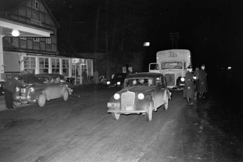 ARH NL Dierssen 1090/0019, Nächtliche Verkehrskontrolle, Thiedenwiese, 1950