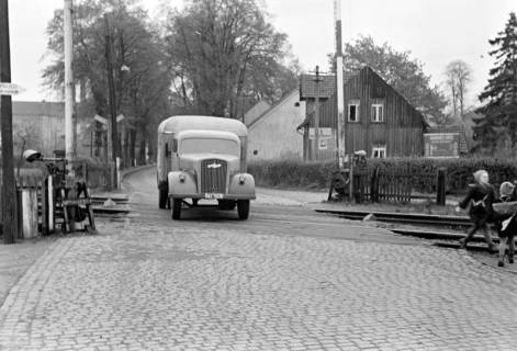 ARH NL Dierssen 1092/0007, Bahnübergang, Ehlershausen, 1950