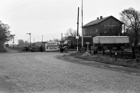 ARH NL Dierssen 1092/0011, Bahnübergang, Ehlershausen, 1950