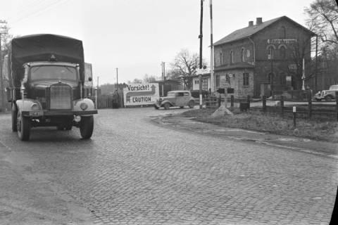 ARH NL Dierssen 1092/0012, Bahnübergang, Ehlershausen, 1950