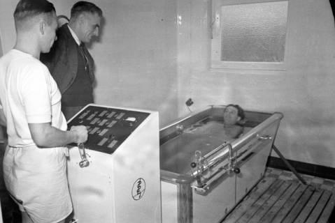 ARH NL Dierssen 1111/0016, Friederikenstift, Bad Münder, 1951