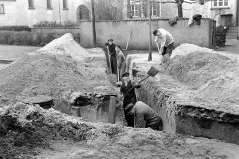 ARH NL Dierssen 1114/0013, Kanalisationsarbeiten, Burgdorf, 1951
