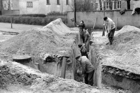 ARH NL Dierssen 1114/0014, Kanalisationsarbeiten, Burgdorf, 1951