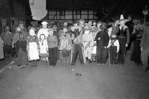 ARH NL Dierssen 1116/0020, Kinderfasching, Hachmühlen, 1951