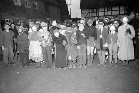 ARH NL Dierssen 1117/0001, Kinderfasching, Hachmühlen, 1951