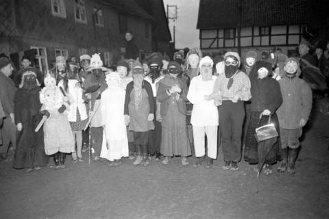 ARH NL Dierssen 1117/0002, Kinderfasching, Hachmühlen, 1951