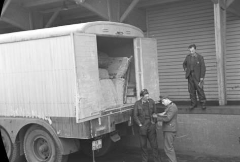 ARH NL Dierssen 1122/0001, Kontrolle an der Zonengrenze, Helmstedt, 1951