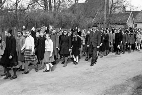 ARH NL Dierssen 1130/0028, Schuleinweihung, Wassel, 1951