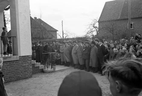 ARH NL Dierssen 1131/0001, Schuleinweihung, Wassel, 1951