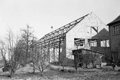 ARH NL Dierssen 1133/0015, Rohbau der Turnhalle, Pattensen, 1951