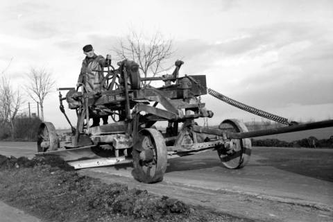 ARH NL Dierssen 1133/0021, Straßenhobel, Springe, 1951
